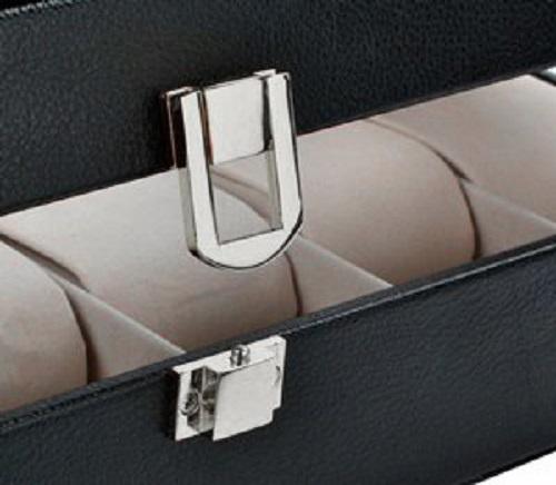 Có khóa an toàn bảo vệ nữ trang, đồng hồ quý giá